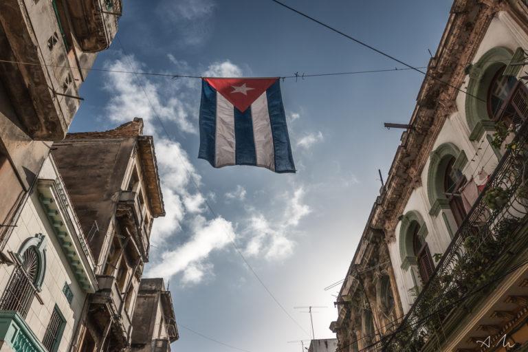 drapeau cubain fiers