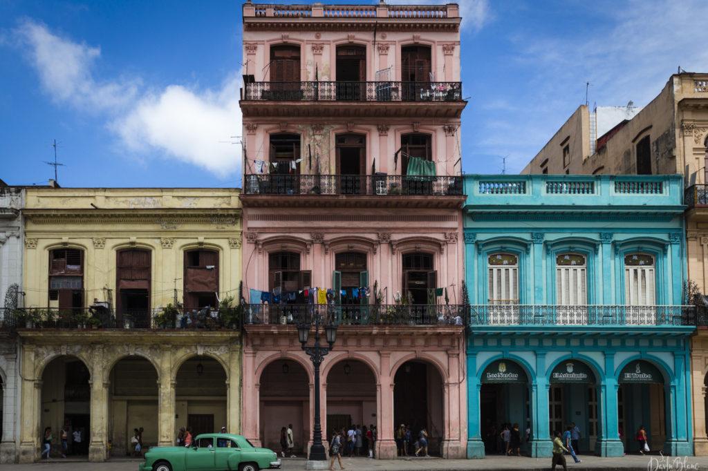 couleurs facades rues centro havane