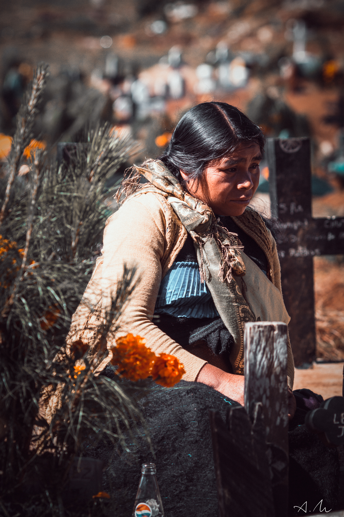 veuve tombe cimetière chamula chiapas mexique