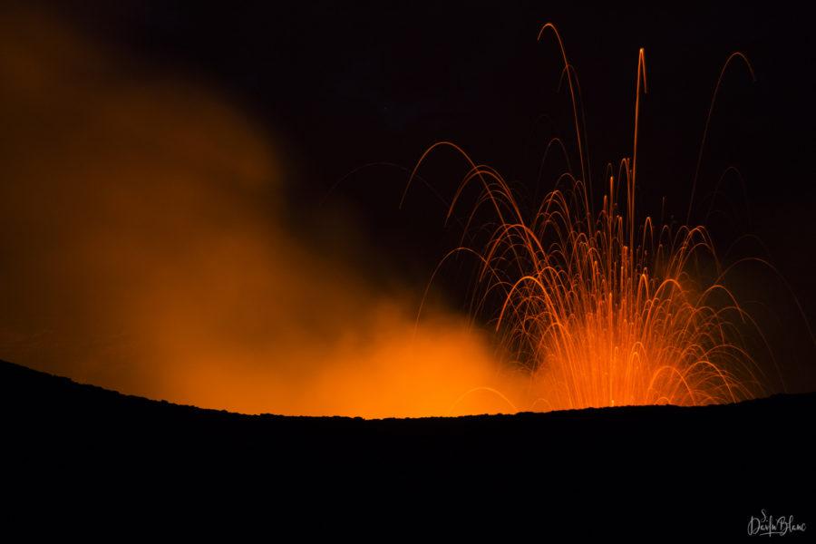 volcan yasur éruption tanna vanuatu